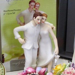 NEW Wedding CakeTopper Embrace on the Beach Bridal